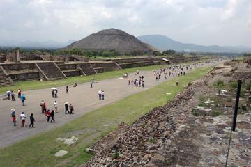 Excursão autoguiada nas pirâmides de Teotihuacán