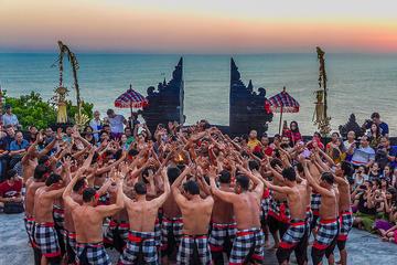 Bali Sunset and Dinner: Uluwatu...
