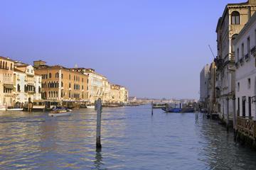 ヴェネツィア空港からヴェネツィア市中心部へのプ…
