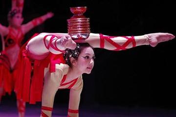 Beijing Night Chinese Acrobatic Show
