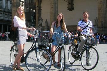 Tour in bici di Firenze con pranzo toscano