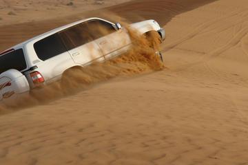 Safari dans le désert d'Abou Dhabi le matin: traversée des dunes en...