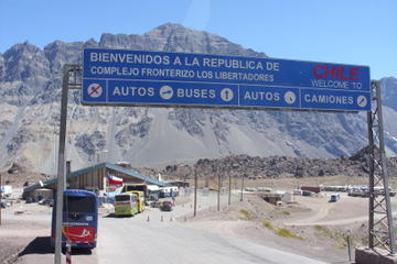 Private Scenic Transfer from Santiago to Mendoza