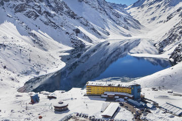 Transfer from Santiago to Portillo Ski Center