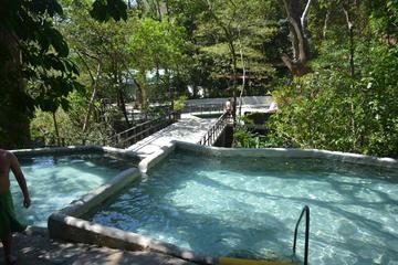 Aventura de un día completo: aguas termales naturales con barro...