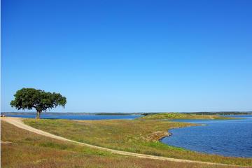 Alqueva Lake by 4X4