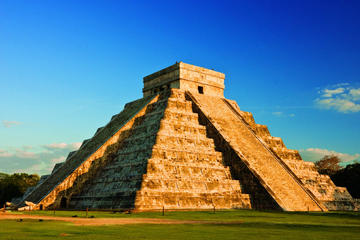 Chichen Itza Shared Day Trip with Cenote Swim and Valladolid