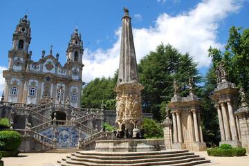 Excursão particular pelos monumentos do Douro saindo do Porto