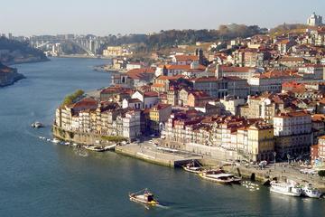 Visita a pie por los secretos privados de Oporto