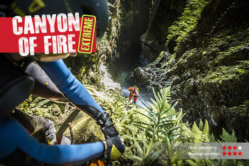 The EXTREME canyon in Bali: Canyon of...