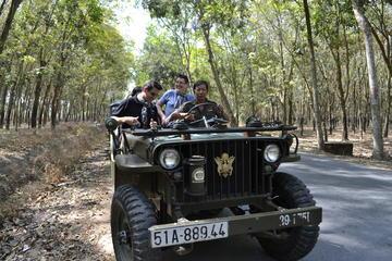 Halbtägige Cu Chi Tunnel-Tour mit dem Jeep ab Ho Chi Minh