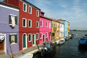 4-stündige Motorboottour zu den Inseln Murano, Burano und Torcello in...