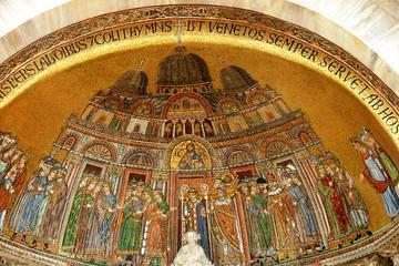 Tour a pie por Venecia por la mañana más visita guiada a la Basílica...