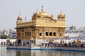 2-Day Private Amritsar Golden Temple Tour from New Delhi by Train