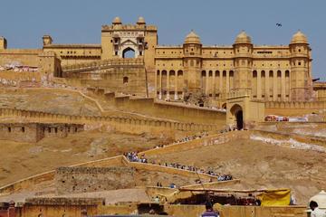 Experiencia privada con estancia en Jaipur y Agra desde Nueva Delhi...