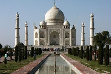 Private 3-Day Tour to Delhi Agra and Jaipur from Pune with One-Way Flight