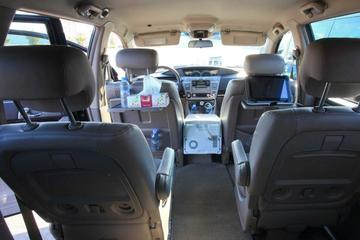 Casablanca Airport to Marrakech Hotel Private Transfer with On-board Wifi
