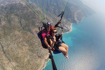 Tandem-Gleitschirmflug über Alanya