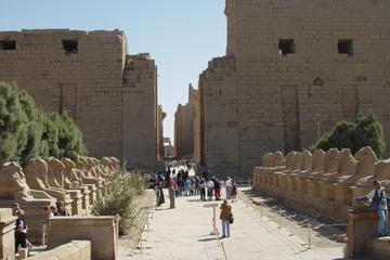 Cruzeiro de 4 dias no Nilo para visitar Assuã e Luxor e saindo de...