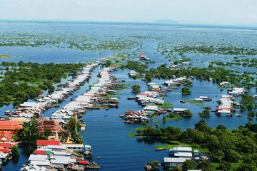 Kompong Phluk Village and Tonle Sap ...