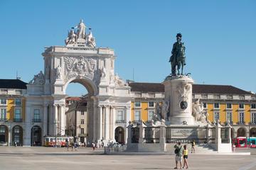 Lisbon: Full-Day Shopping Private Tour