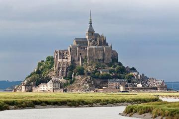 Full-Day Small-Group Mont Saint Michel and Honfleur Tour from Le Havre