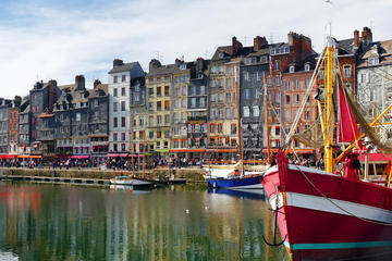 Small Group Day Trip from Paris to Honfleur and Pays d'Auge