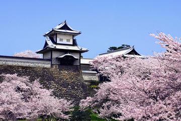チャーターした車で行くプライベート金沢カスタマイズ1日ツアー