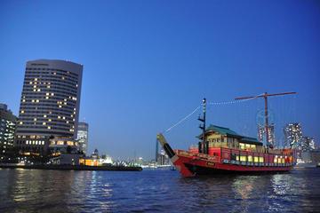 Crucero en la bahía de Tokio con cena y espectáculo de Oiran