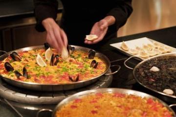Experiencia culinaria para preparar paella, tortilla y sangría de...