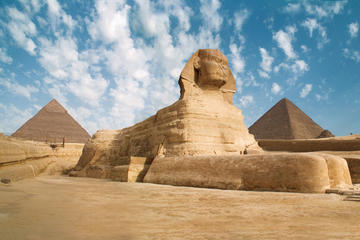 Small-Group Day Tour to Giza Pyramids and Museum