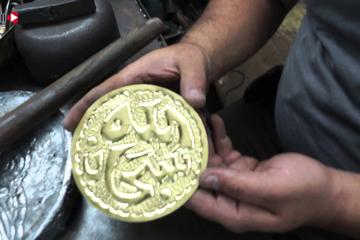 Egyptian traditional crafts workshops and Cairo shopping tour