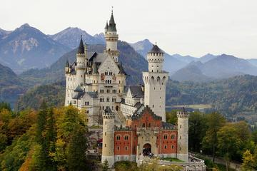 Skip-the-Line Half-Day Tour Neuschwanstein Castle from Munich