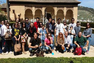 Keine Warteschlangen: Alhambra-Tour mit Gärten des Generalife