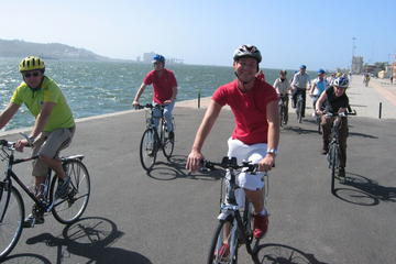 Tour in bici sul lungofiume di Lisbona