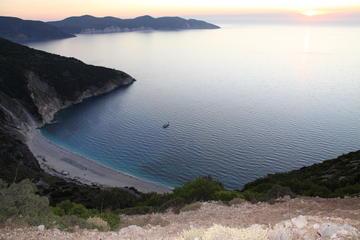 Playa de Myrtos Beach y recorrido por el lago Melissani