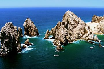 Private Tour to Visit the Famous Arch in Cabo San Lucas