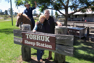 Tour giornaliero privato alla Tobruk Sheep Station da Sydney con