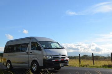 Private Arrival Transfer: San Jose Airport to Arenal Volcano or La...