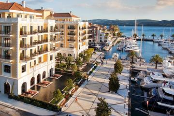 Private Car Transfer to Dubrovnik Airport from Herceg Novi