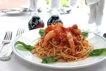 Ocho Rios Sightseeing, Shopping & Evita's Jam-Italian Lunch