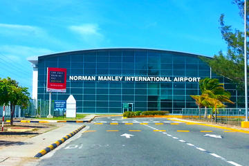 Private Arrival Transfer: Kingston International Airport  to Hotel