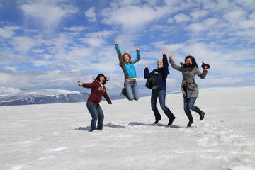 Golden Circle- und Gletscher-Tour im Super-Jeep in kleiner Gruppe