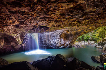 Springbrook, Natural Arch and...