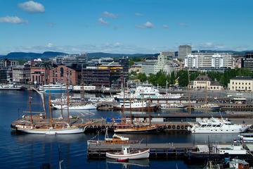 Vista a pie de los lugares esenciales de Oslo