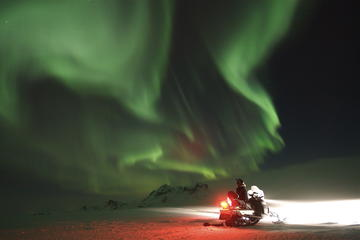 Northern Lights Snowmobiling Experience on Langjökull Glacier from