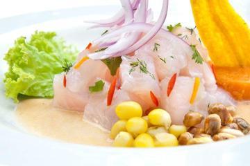 Clase de cocina y recorrido gastronómico en Lima