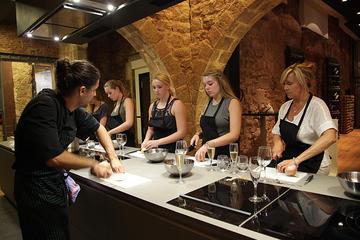 Cocine y deguste comida local en Barcelona