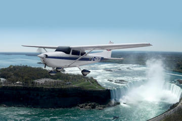 Niagara Falls from Toronto Full-Day Package: Airplane Tour, Boat and Land Tour, and Winery Tasting