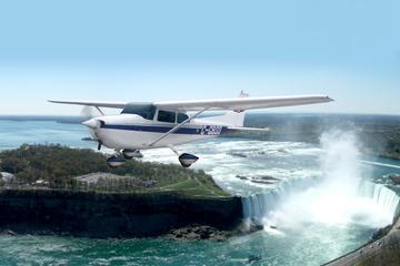 Rundflug zu den Niagarafällen